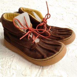Livie Luca Boots Lace Up Chukka Brown Suede Flaws